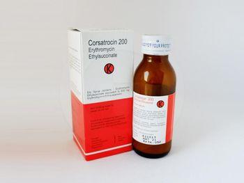 Corsatrocin 200 sirup kering 60 ml obat yang digunakan untuk mengatasi infeksi bakteri di bagian tubuh seperti infeksi saluran pernapasan, infeksi kulit, dan difteri.