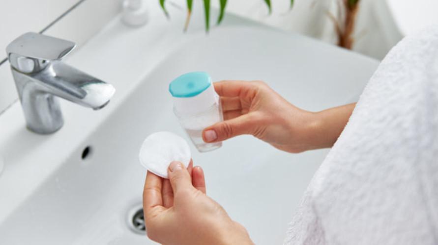 Garnier Micellar Water menawarkan banyak jenis micellar water yang bisa kamu coba.