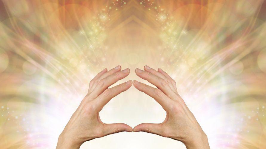 Pranic healing adalah salah satu metode pengobatan menggunakan energi positif