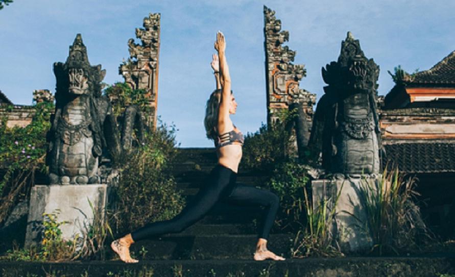 Ada banyak tempat yoga di Bali yang bisa kamu kunjungi dengan harga terjangkau.