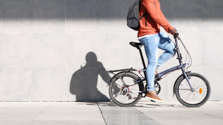 Untuk mendapatkan sensasi gowes terbaik, kamu harus memiliki merek sepeda lipat terbaik.