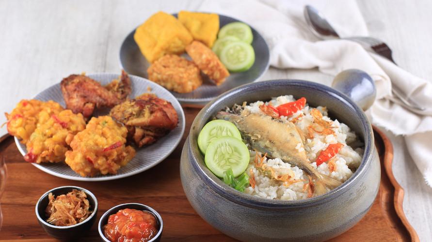 Resep nasi liwet ada banyak variasinya dan bisa dikreasikan di rumah
