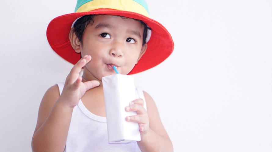 Susu UHT untuk anak 1 tahun bantu dukung tumbuh kembang si Kecil