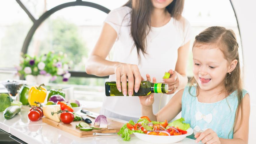 Merek minyak zaitun untuk bayi yang bagus adalah jenis extra virgin olive oil
