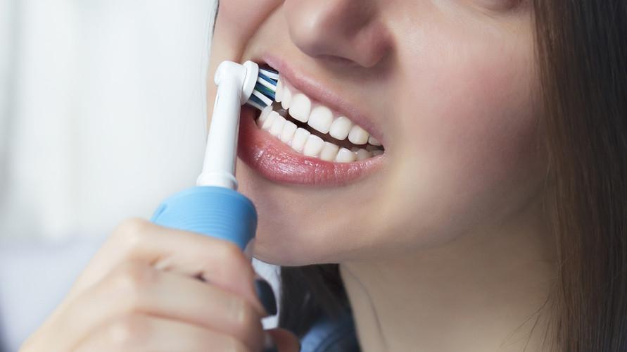 Sikat gigi elektrik terbaik.