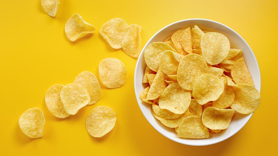 Keripik kentang yang enak adalah renyah dan tidak berminyak