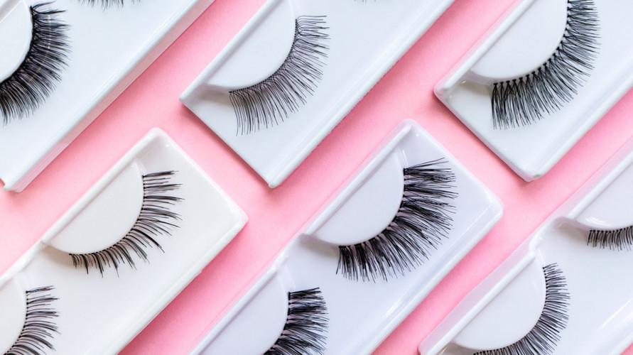 Bulu mata palsu bisa jadi alternatif cara memanjangkan bulu mata