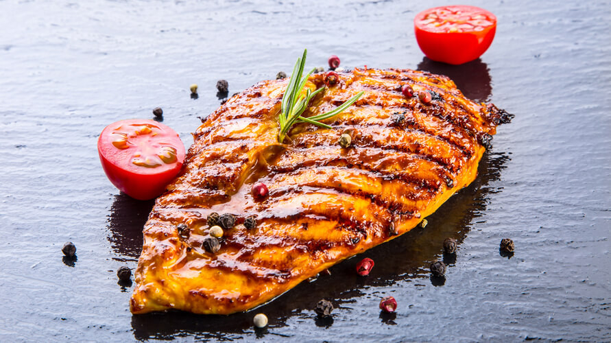 Olahan ayam untuk diet sebaiknya memakai bagian yang rendah lemak